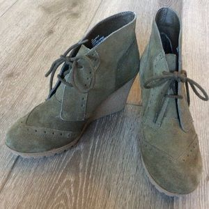 MIA Raphaella Green Suede Wedge Ankle Boots